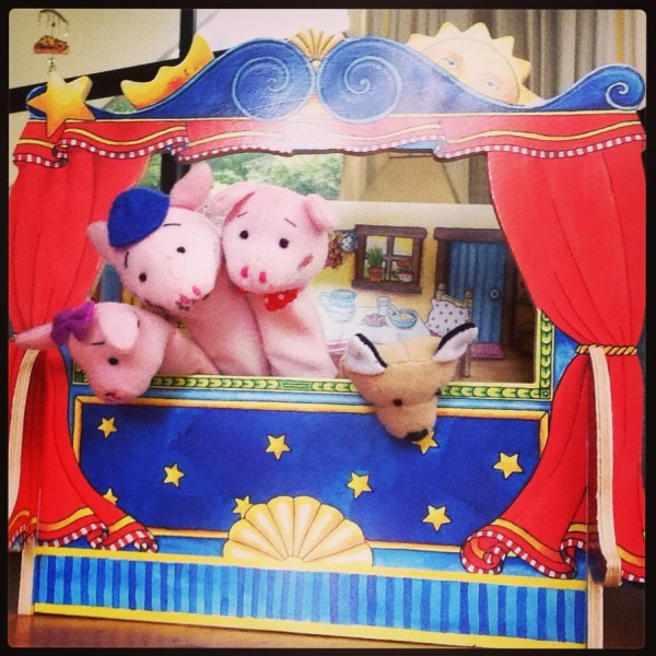 Impromptu puppet show